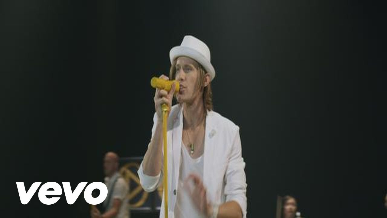Video: Building 429 – Right Beside You