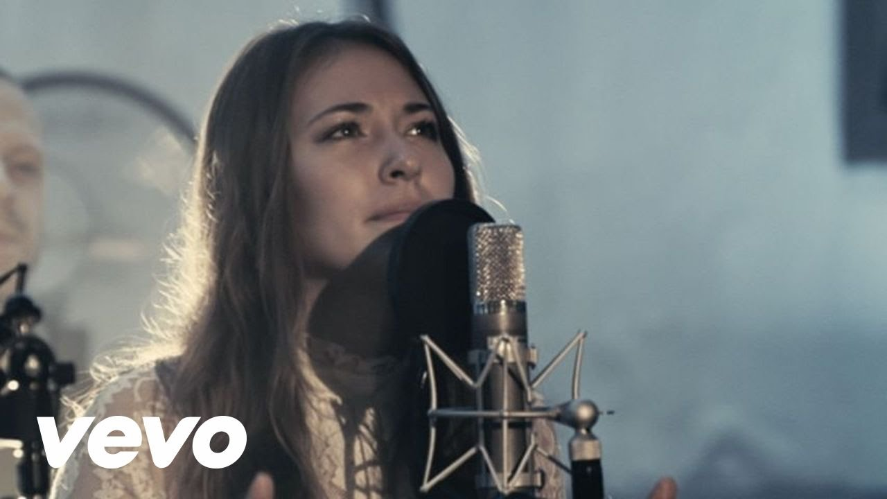 Video: Chris Tomlin – Noel ft. Lauren Daigle (live)