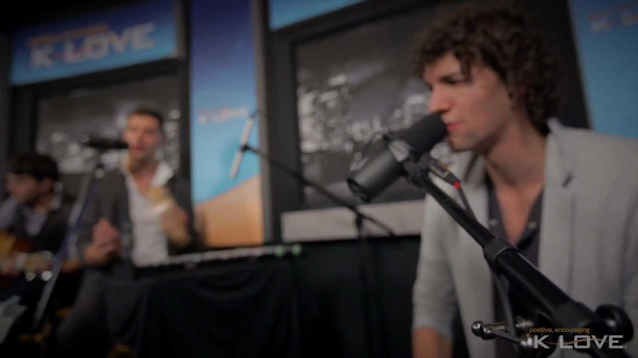 Video: for KING & COUNTRY – Middle Of Your Heart, live @ K-Love