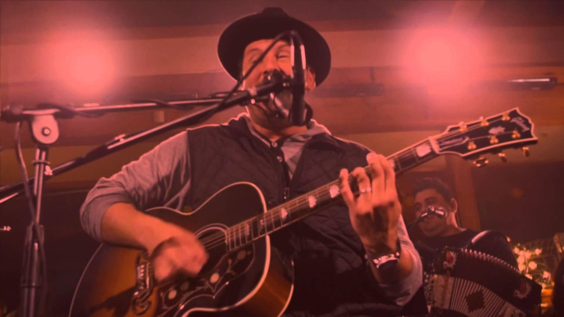 Video: Ricardo Sanchez – Halle Halle (Unplugged)