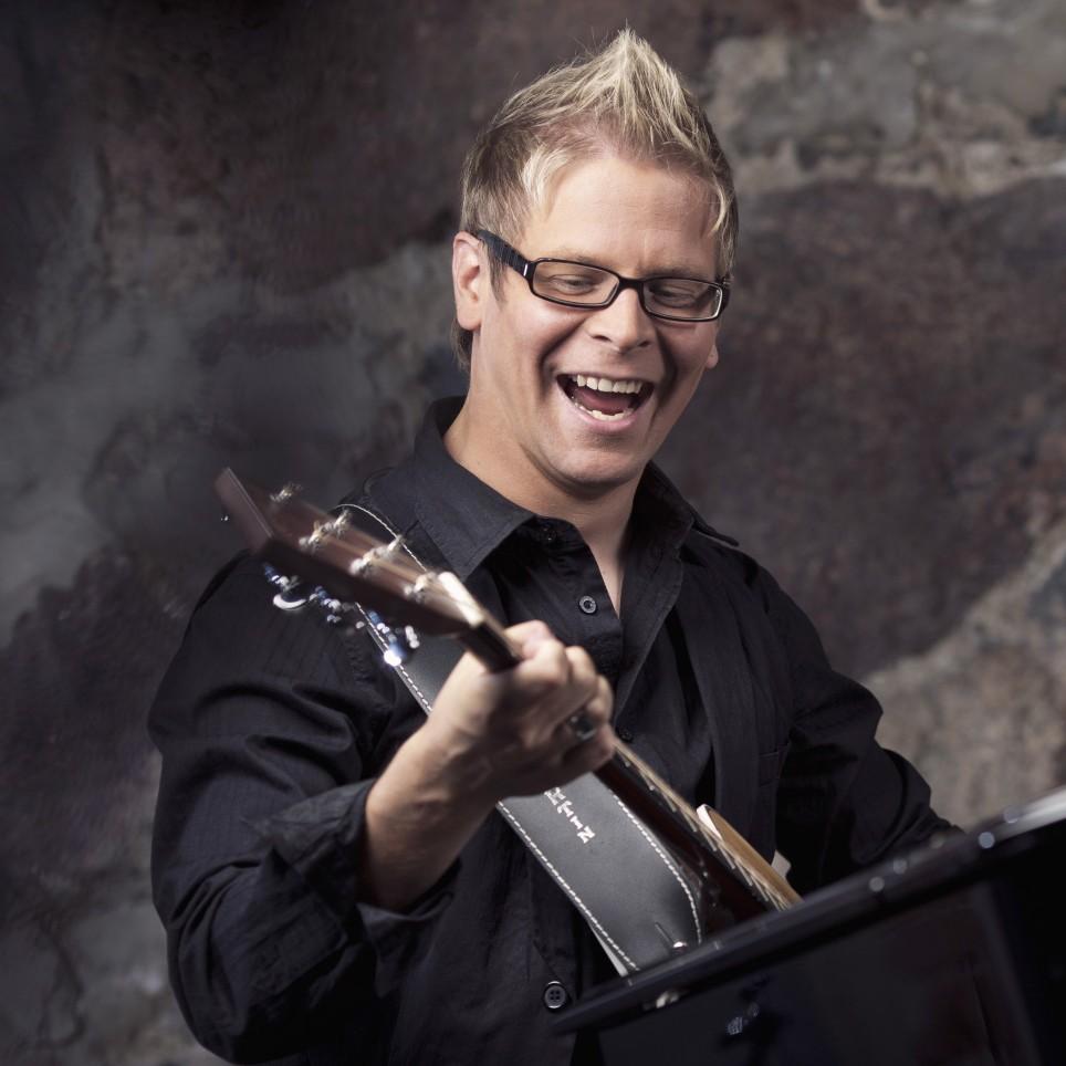 Pekka Laukkarinen Trio jälleen Joulun Tähti -kiertueelle