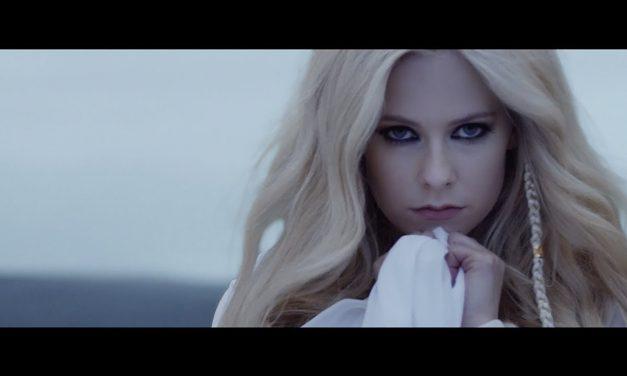Video: Avril Lavigne – Head Above Water