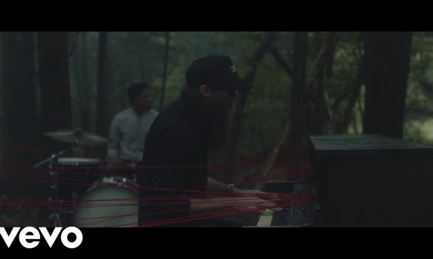 Video: Crowder – Red Letters
