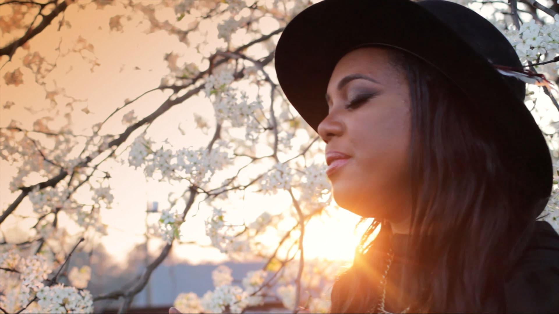 Video: Morgan Harper Nichols – Storyteller (w. Jamie Grace)
