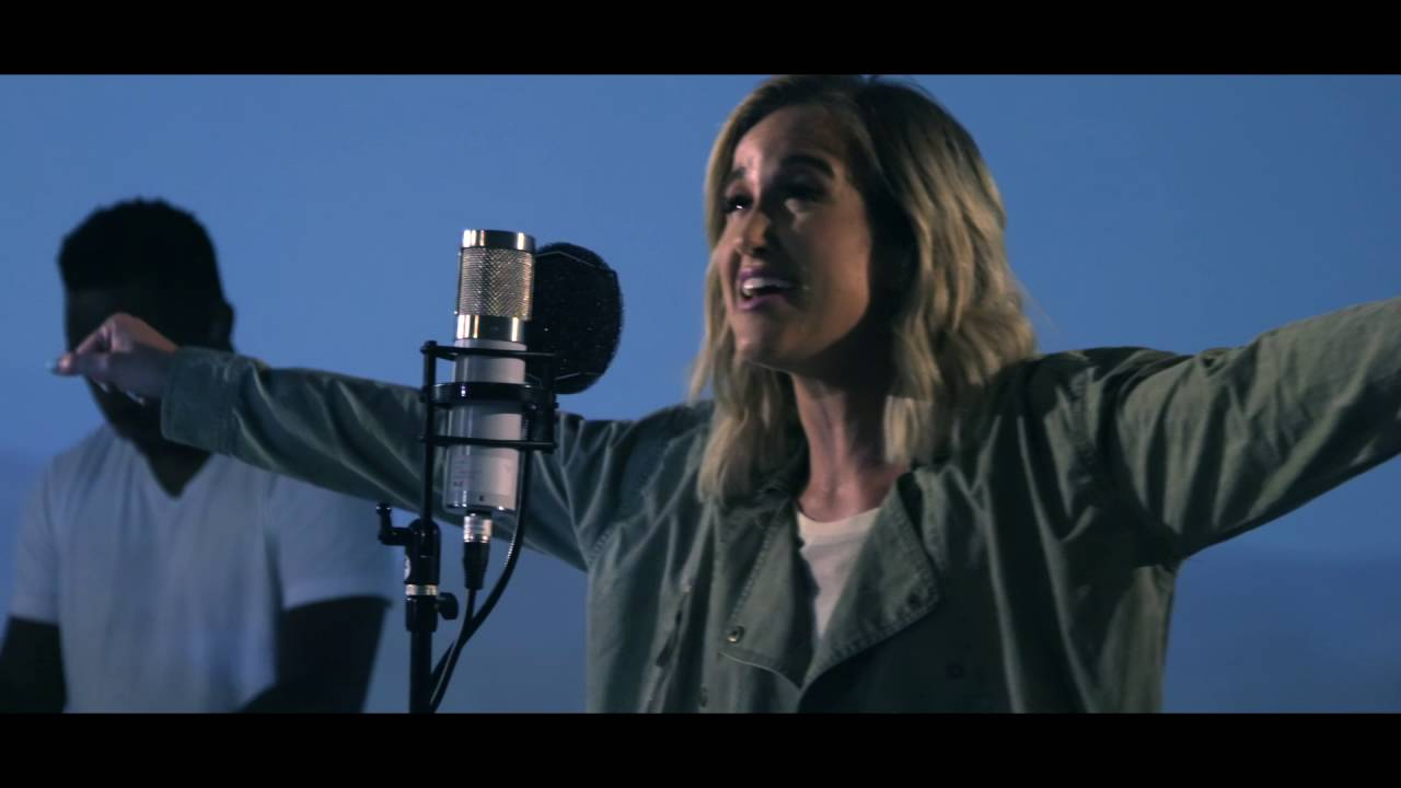 Video: Britt Nicole – Through Your Eyes (Acoustic)