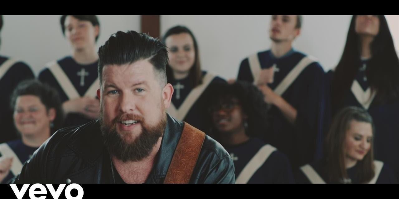 Video: Zach Williams – Old Church Choir