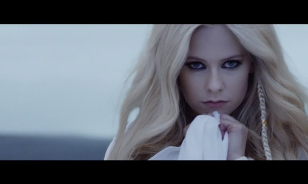 Video: Avril Lavigne – Head Above Water